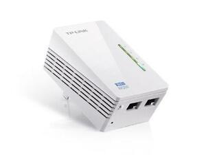 TP-LINK TL-WPA4220 300Mbps AV500 Wi-Fi Powerline Add-On Extender