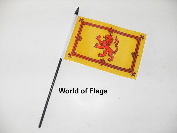 "LION RAMPANT SMALL HAND WAVING FLAG 6"" x 4"" Scotland Scottish Crafts Display"
