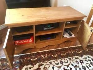 PINE TV STAND/COFFEE TABLE