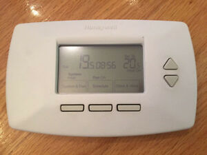 Honeywell 7 Day Programmable Thermostat 7 Jours