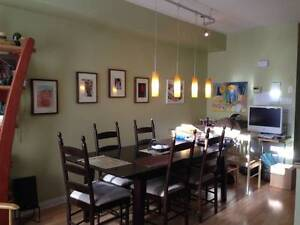 Fabulous Townhouse in the heart of Ossington Village