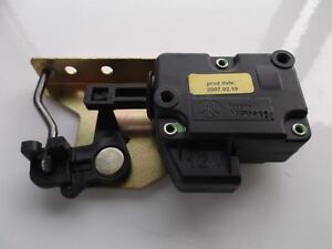 Jaguar XJR XJ8 1995-2000 Gas Door Lid Actuator HNA3093AB