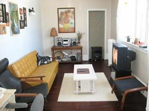 Nice Downtown Main Floor Rentals  text 7059305735