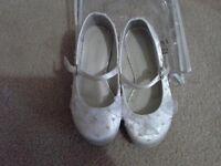Girls debenhams occasion flower girl shoes size 9