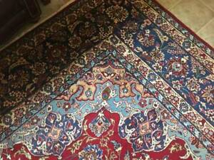 Hand Made Persian Rug (100% Wool)