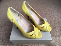 Yellow Dune high heels size 7