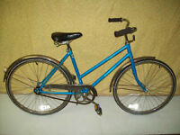 """Vagabond """"Town And Country"""" Bicycle"""