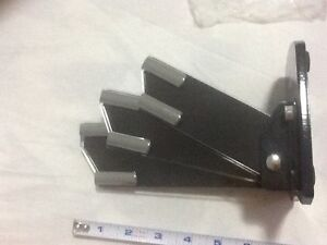 Nail cutter, knife holder Oakville / Halton Region Toronto (GTA) image 1