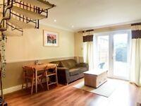 2 bedroom house in York Close, Beckton, London E6