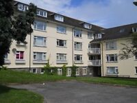 2 Bed 3 Person 2nd Floor flat in Penzance - Available Now!