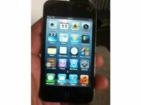Apple iPod touch 4th Generation Black (8 GB) in excellent condition