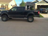 2006 Ford F-150 SuperCrew Pickup Truck