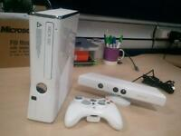White Xbox 360 with kinect /wireless Controller