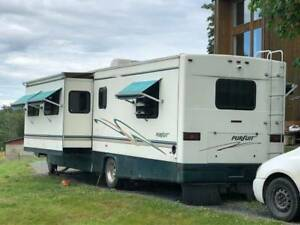 1999 Georgie Pursuit Motor Home