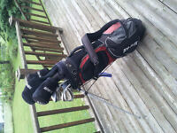 Top Flite Right Handed Golf Set