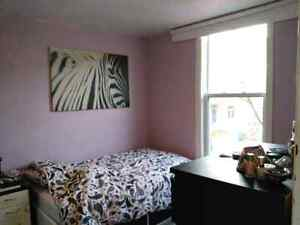 4 1/2 Verdun 2bdr upstairs suite