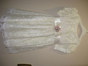 Little Girls Fancy Dresses Sizes 2-5T -  Part 1 Sarnia Sarnia Area image 10