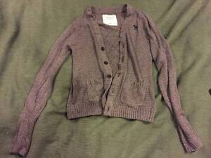 Authentic Abercrombie & Fitch Size Medium Men's Gray Sweater
