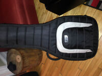 Mono M80 OM acoustic and classical guitar case