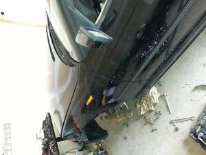 parting out 2002 bmw 320 i London Ontario image 5