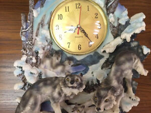 Stand Up Quartz Wolf Clock For Sale