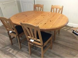 PINE DINING ROOM TABLE, CHAIRS AND DRESSER