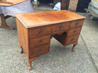 Early 20th Century Walnut Veneer Desk
