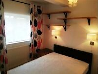 AVAILABLE!!!2 Bed Flat in Worple Road, Wimbledon, London, SW20!!!!!