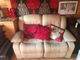 Electric recliner leather cream sofa - Excellent condition! Delivery available!
