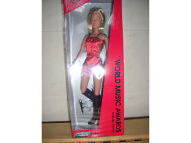 Kylie doll 'World Music Awards' poseable figure.