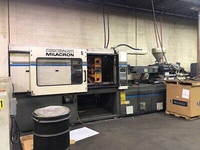 400 Ton Cincinnati Injection Molding Machine 19022-117