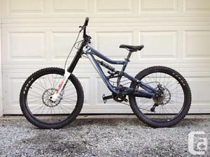 Devinci Wison 2 downhill bike