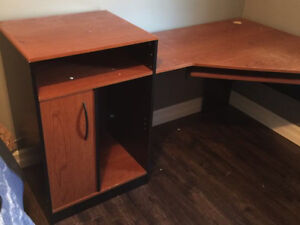 Good condition corner desk!