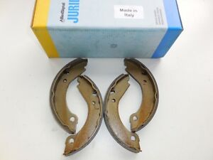 Volvo 1975-1995 Parking Brake Shoe Set Brand new 31262623