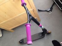 MPG nitro extreme head bars, ODI grips new, district deck, avec 9 bearings Stunt Scooter quick sale