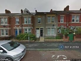 3 bedroom flat in Westbourne Avenue, Gateshead, NE8 (3 bed)