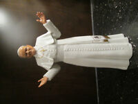 ROYAL DOULTON FIGURINE THE POPE