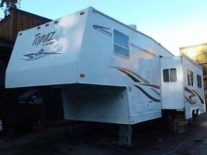 Topaz Triple E 5th wheel trailer
