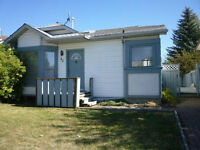 Finally a place to call home. Spectacular 4 bdrm home in Okotoks
