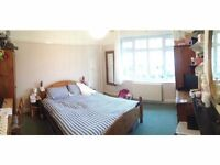 Earlsfield - lovely 2 double bed first floor flat with garden close to BR - private let no fee