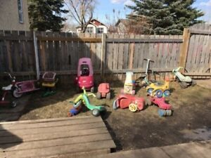 House for sale/Moving out/yard sale/day care sale