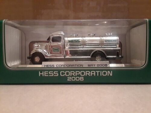 HESS* FIRST* TRUCK* CHROME* 2006* NYSE* MINIATURE* RARE* ULTRA* MINT* WORKING*
