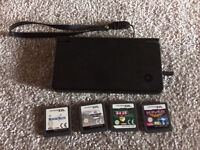 Nintendo dsi with 4 DS games