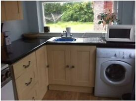 Large Single Room in Chorlton, Fully furnished, WIFI included. Available on weekly basis!