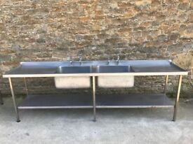 Large Double Centre Bowl Sink (Right & Left Draining)