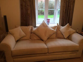 Immaculate Cream Fabric 4/5 Seater Sofa