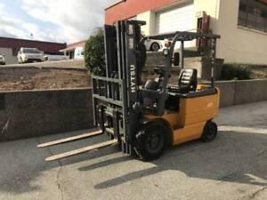 2014 Hytsu Electric Forklift
