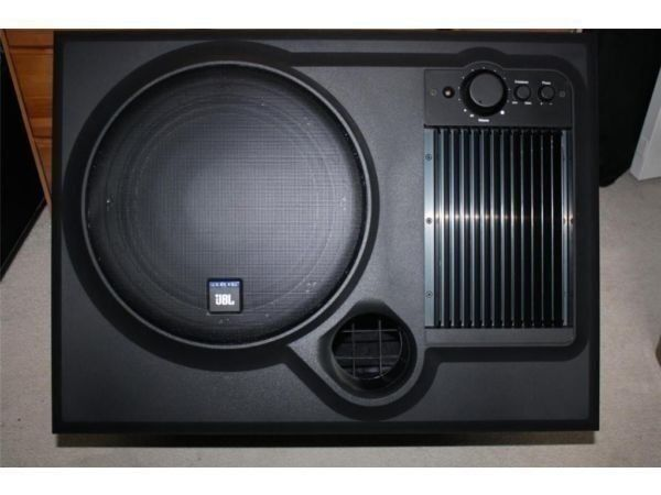 jbl control 10 active powered subwoofer sub 10 quot  200 watts Subwoofer Doggo Kicker Subwoofers