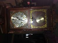 Beautiful miniture grandfather clock  28in high 10.5in wide