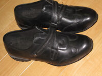 Near new ladies winter dress shoes (size 6-1/2)
